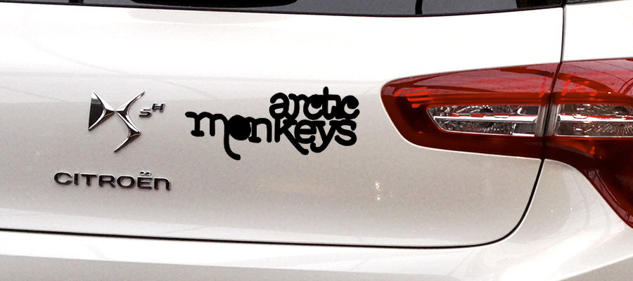 pegatina arctic monkeys coche